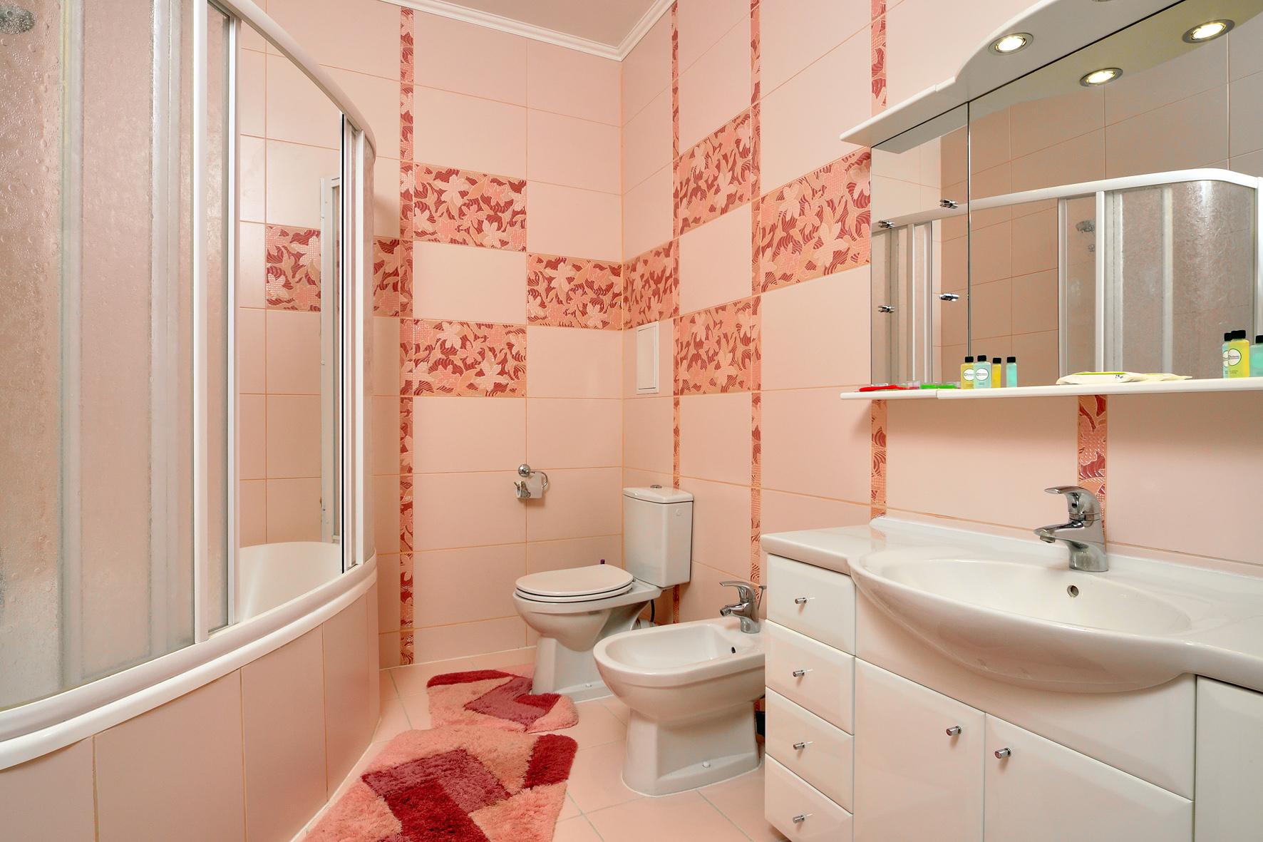 Фото ремонта в совмещенной ванной комнате